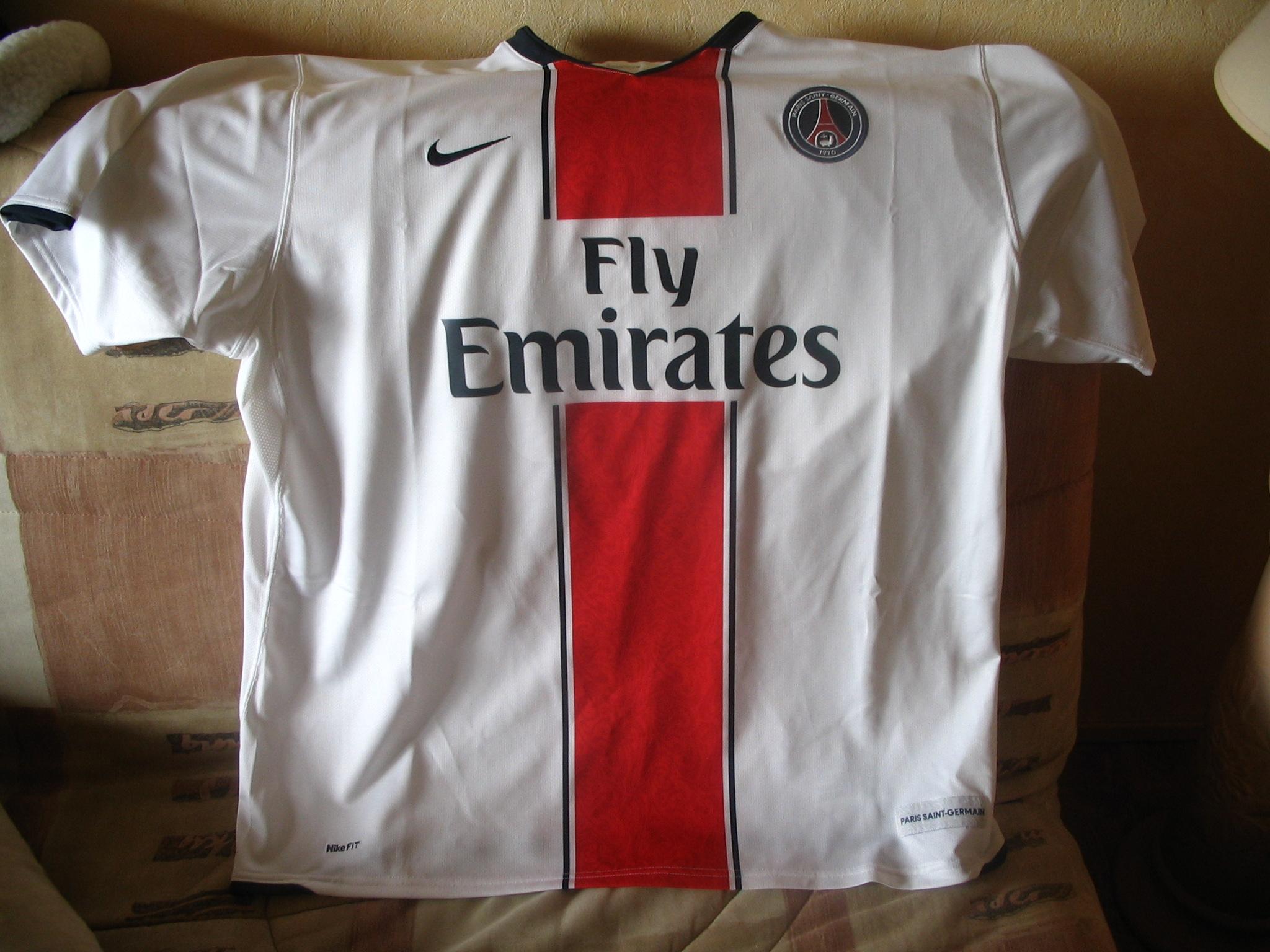 parissg20072008001.jpg